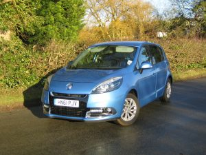 Renault Scenic Dynamique TomTom dCi 110 Stop and Start (21)
