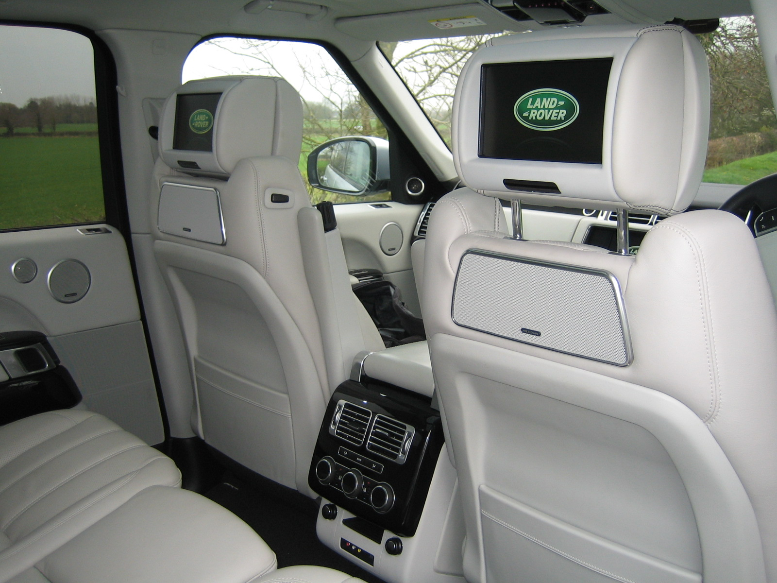 range rover 3 0 tdv6 autobiography road test review
