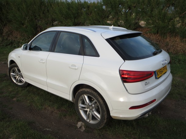 Audi Q3 TDI quattro S line (140 PS) S Tronic road test report and review