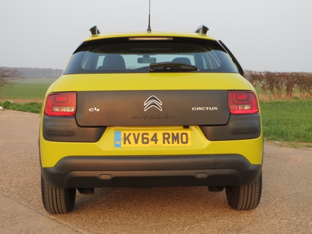 Citroen C4 Cactus Feel BlueHDi 100 road test report review - Looking to get noticed!