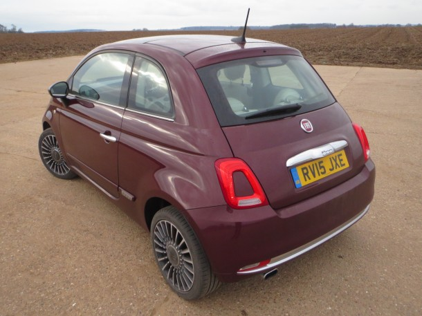 Fiat 500 Lounge 0.9 TwinAir 105hp road test report and review