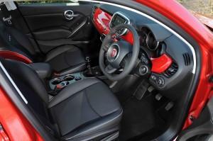 Fiat 500X cockpit