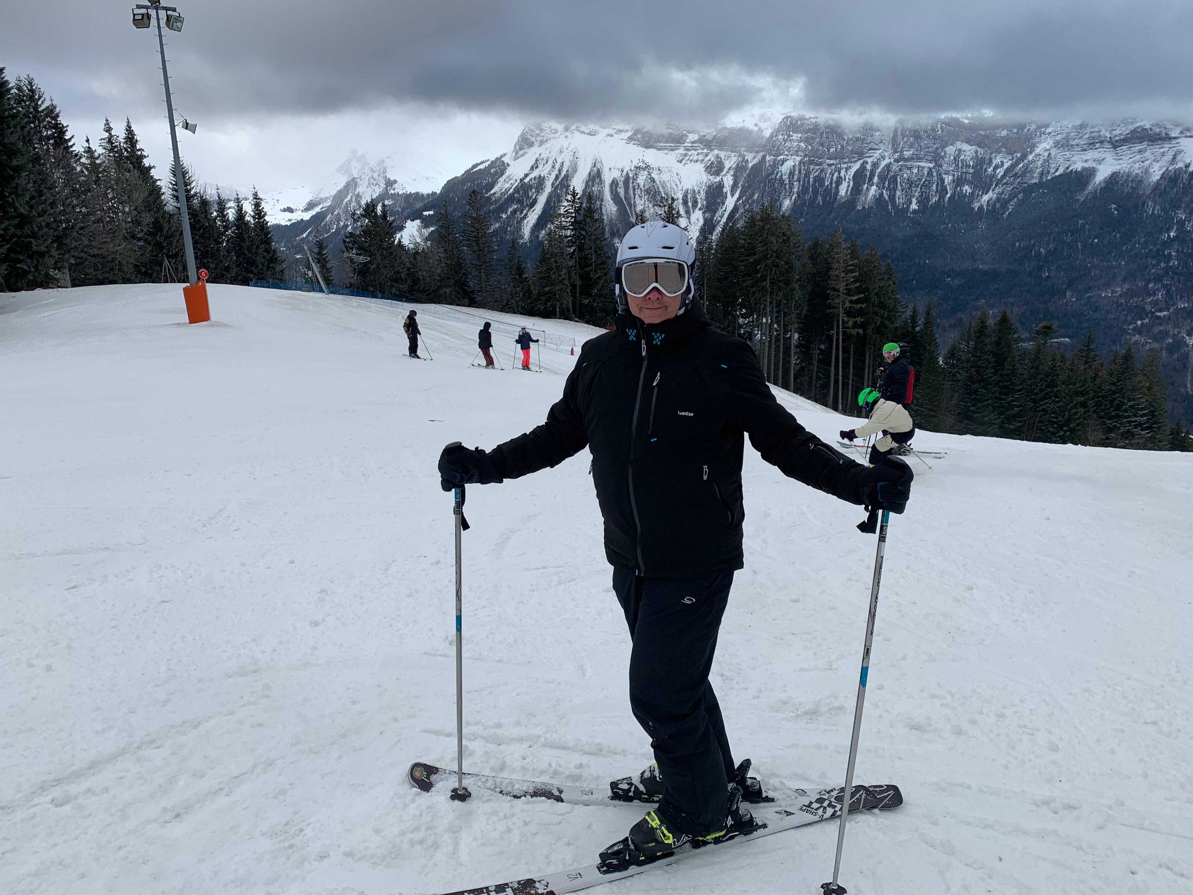 Skiing in Decathlon ski wear in the French Alps