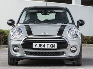 MINI Cooper 1.5 Auto 5-door road test report review (1)