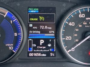Mitsubishi Outlander PHEV road test review (10)