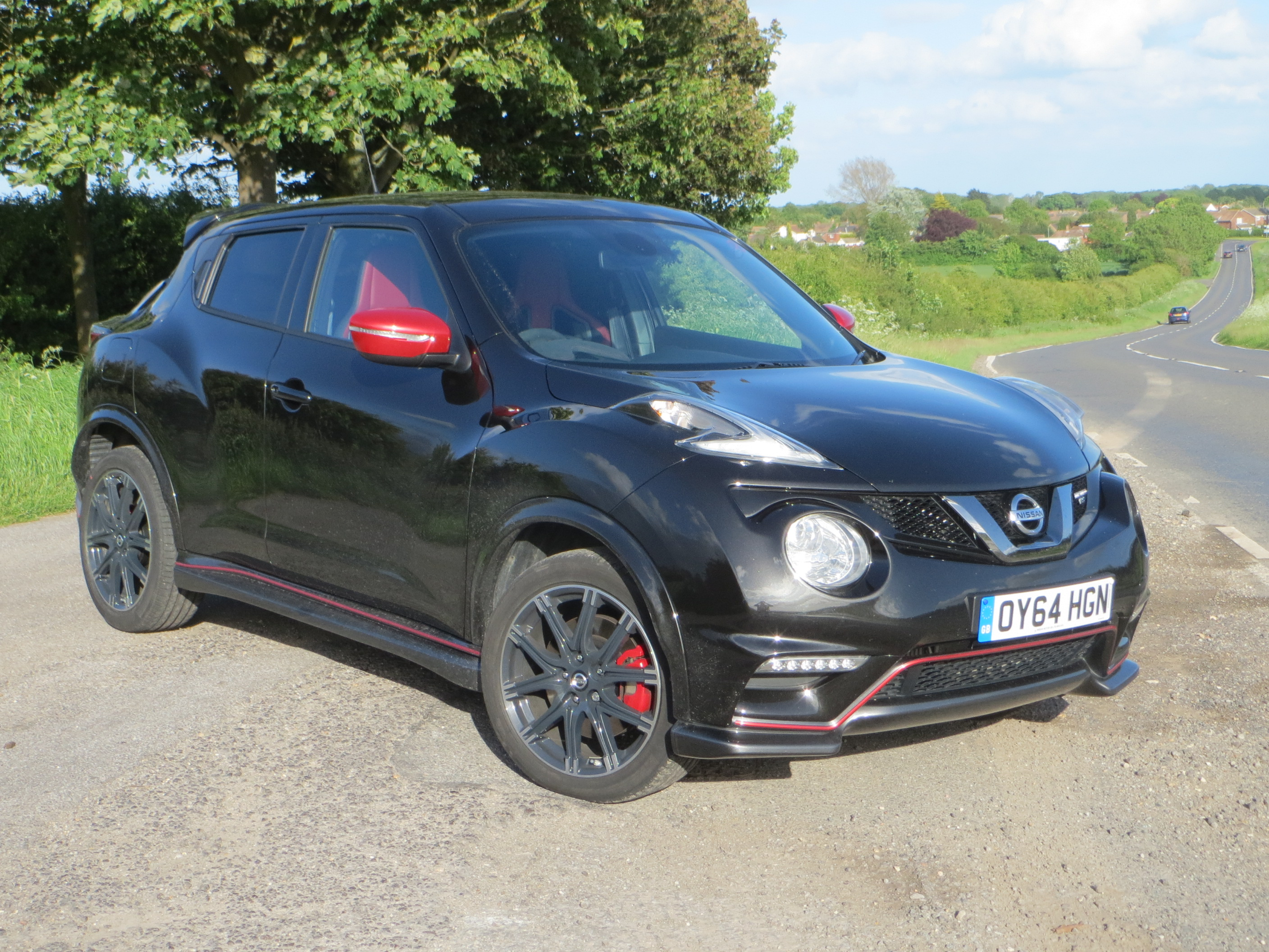juke jukes news package personalization nissan stinger gets used edition h