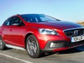 V40 D4 190 Cross Country Lux Nav road test report review 1
