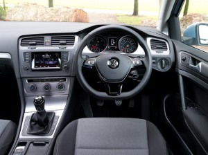 VW Golf BlueM cockpit
