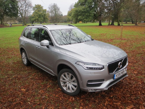Volvo XC90 D5 AWD Power Pulse Momentum road test report and review