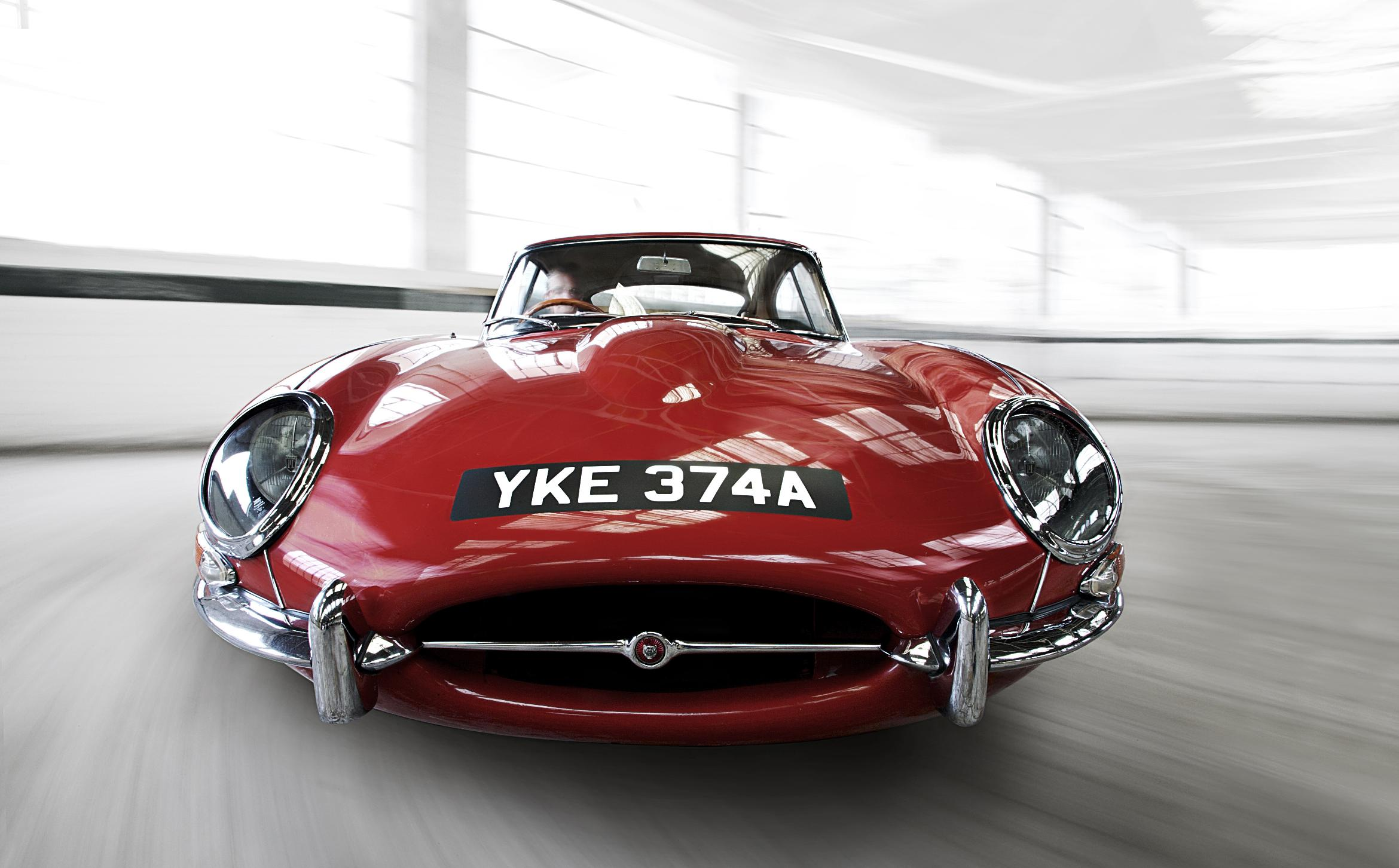 stunning jaguar e type celebrates 50th anniversary wheel world reviews. Black Bedroom Furniture Sets. Home Design Ideas