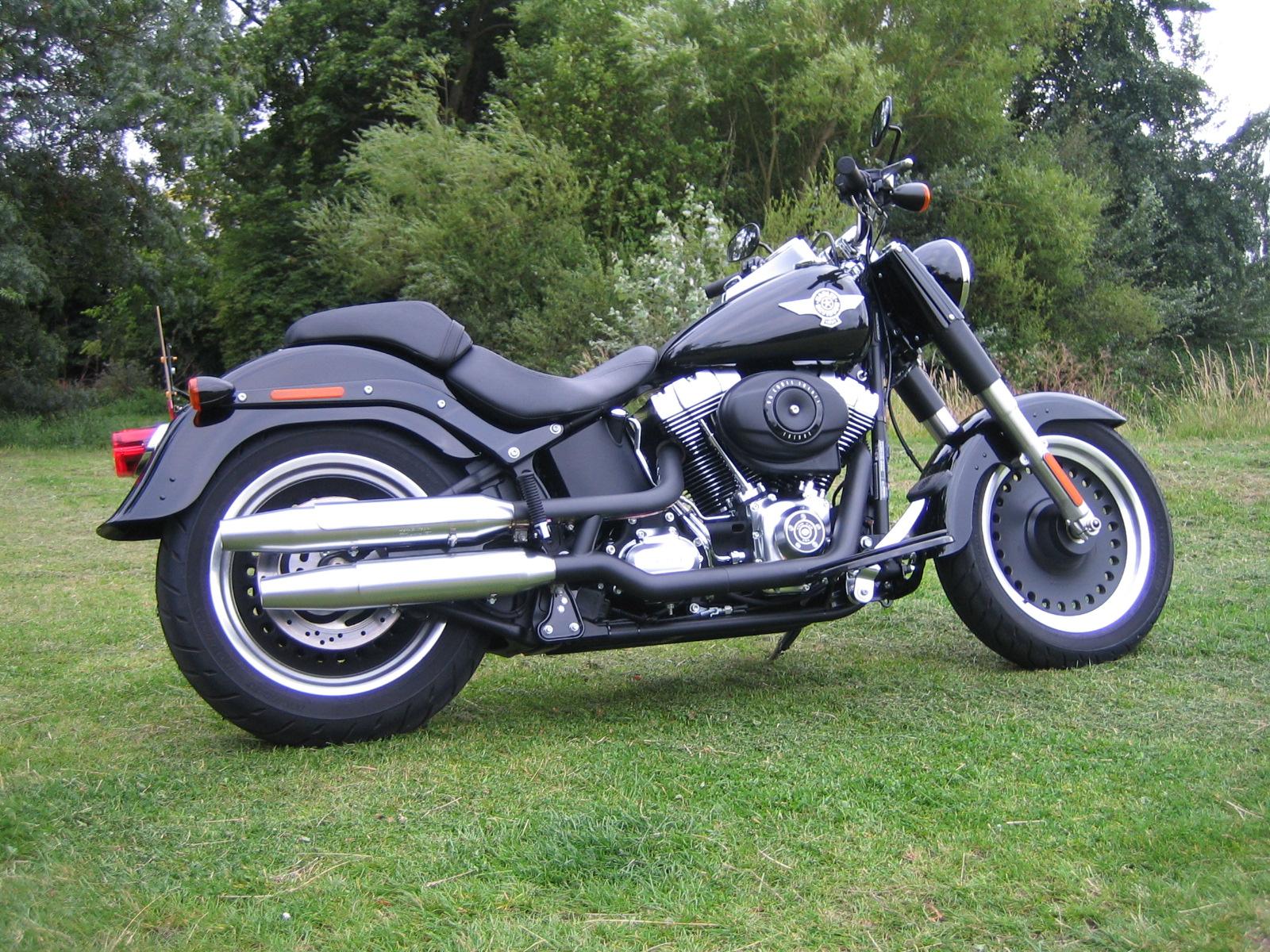 Fat Boy A Big Bike For Blokes Who Love Harleys Wheel World Harley Davidson Fatboy With Fairing Once