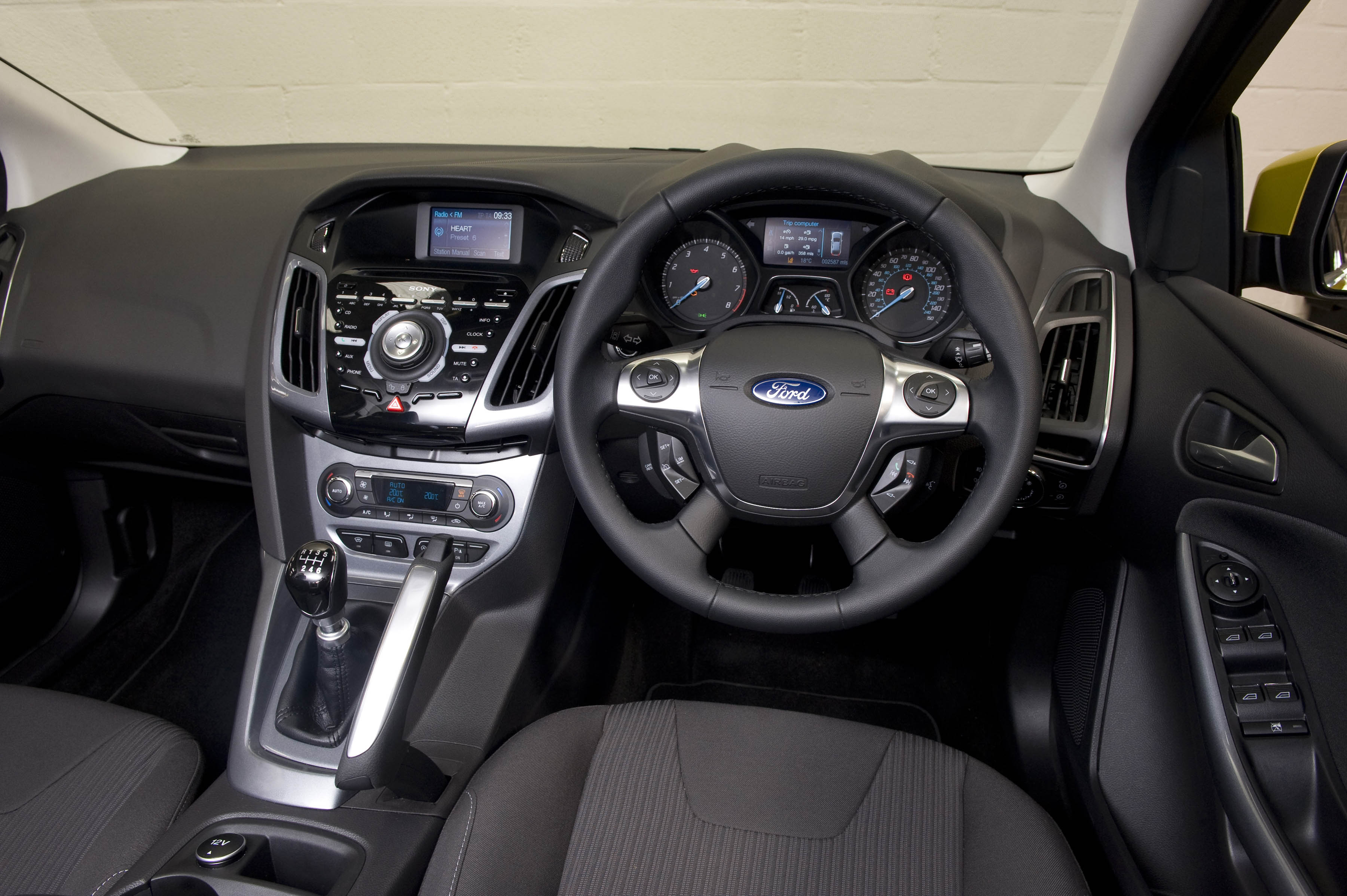 ford focus ecoboost has the power to impress wheel world reviews. Black Bedroom Furniture Sets. Home Design Ideas