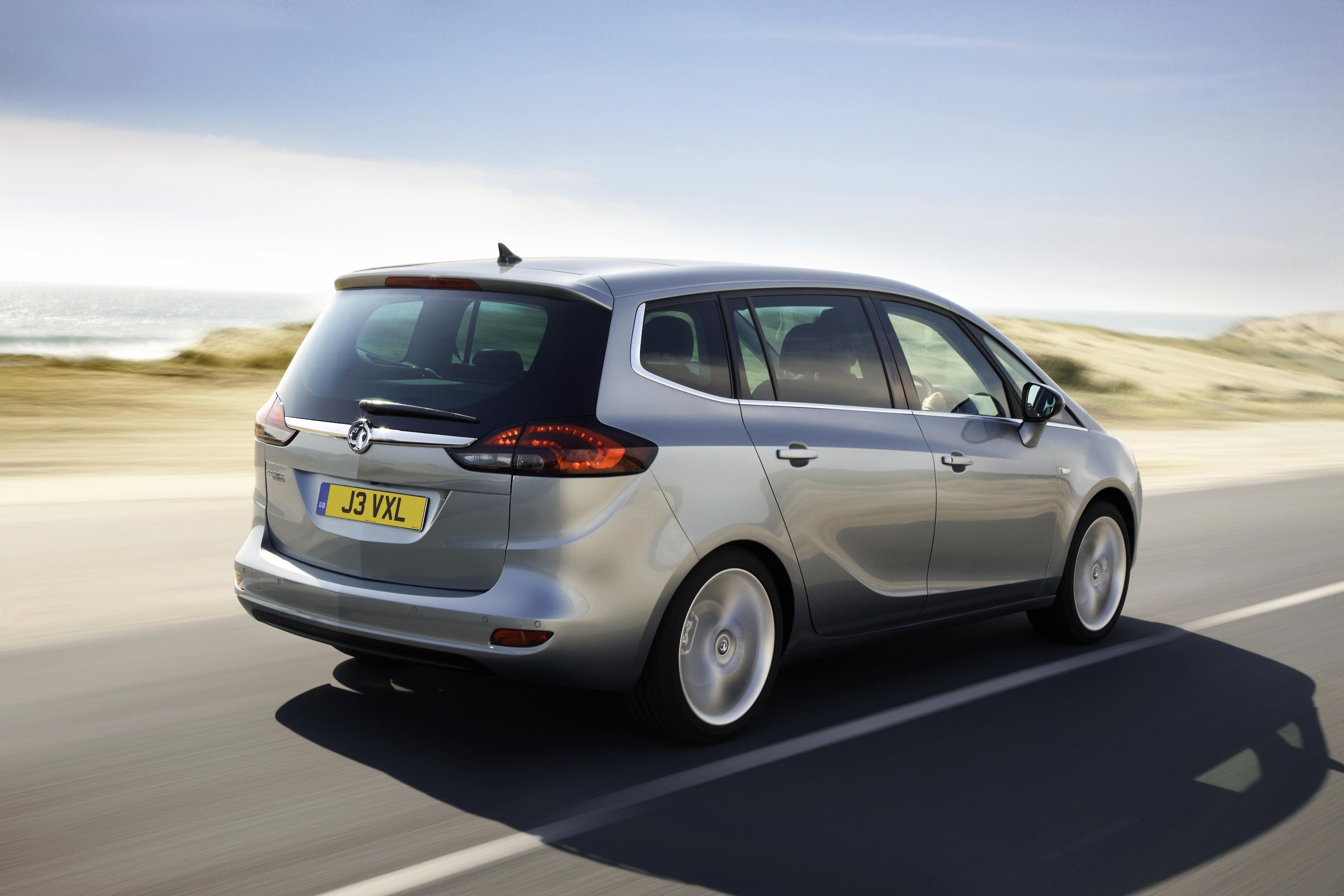 Zafira Tourer Adds To Vauxhalls Mpv Line Up Wheel World Reviews Vauxhall Boot Smart