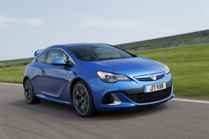 Astra GTC VXR reviewed in road and track test - Wheel World Reviews