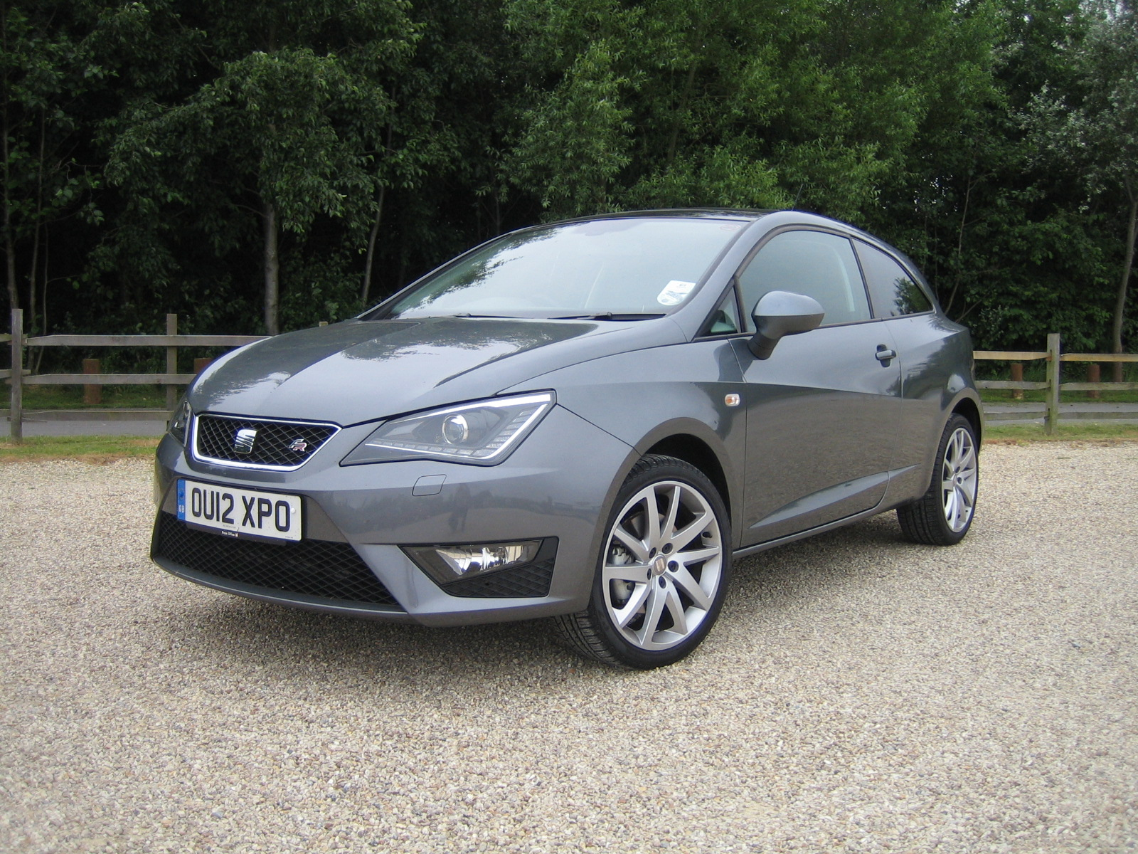 seat ibiza 1 4 fr 1 wheel world reviews. Black Bedroom Furniture Sets. Home Design Ideas
