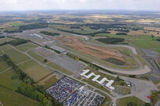 Ron Haslam Race School Returns to Donington Park