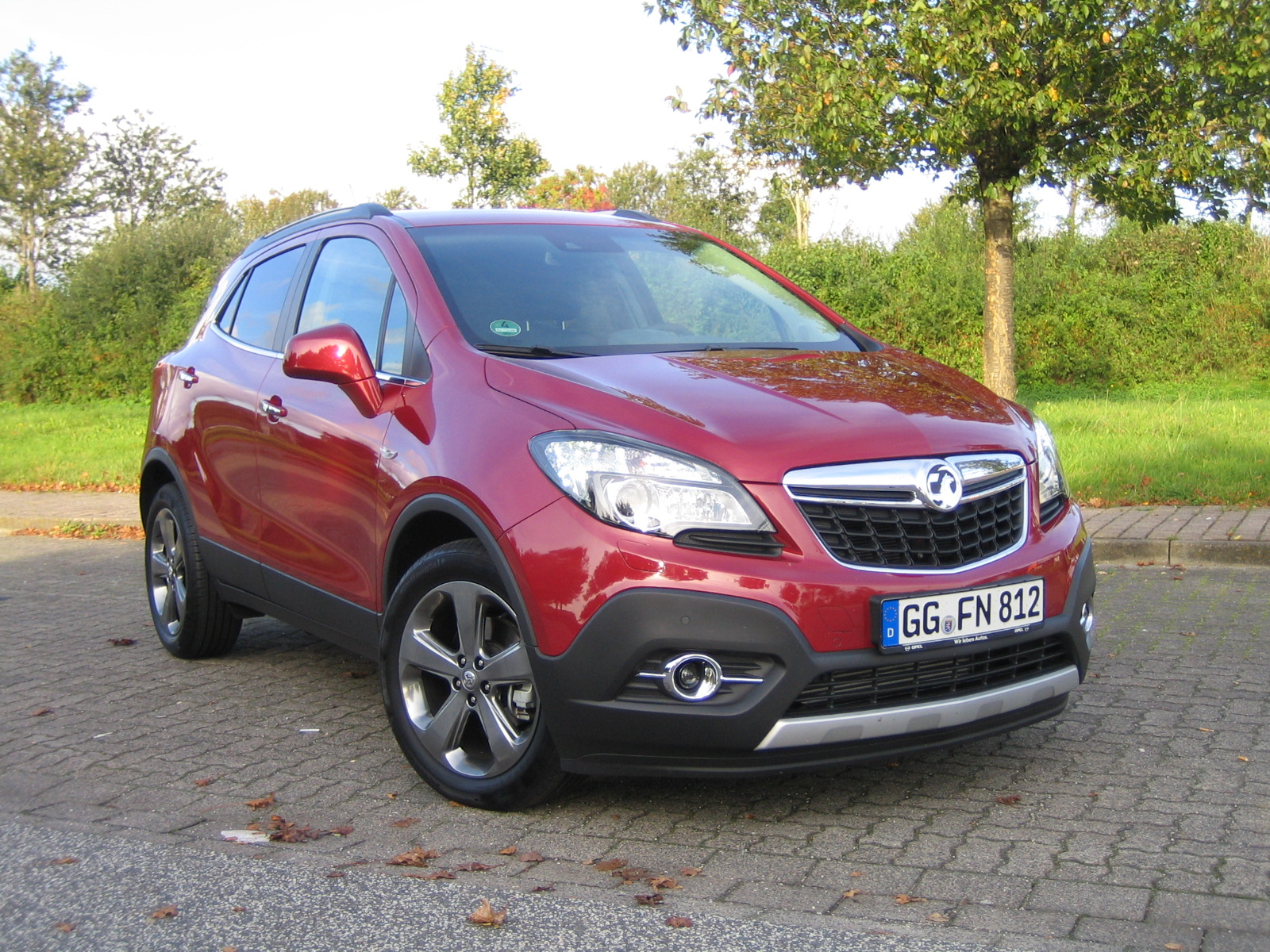 vauxhall mokka review we road test the revised car for uk roads. Black Bedroom Furniture Sets. Home Design Ideas