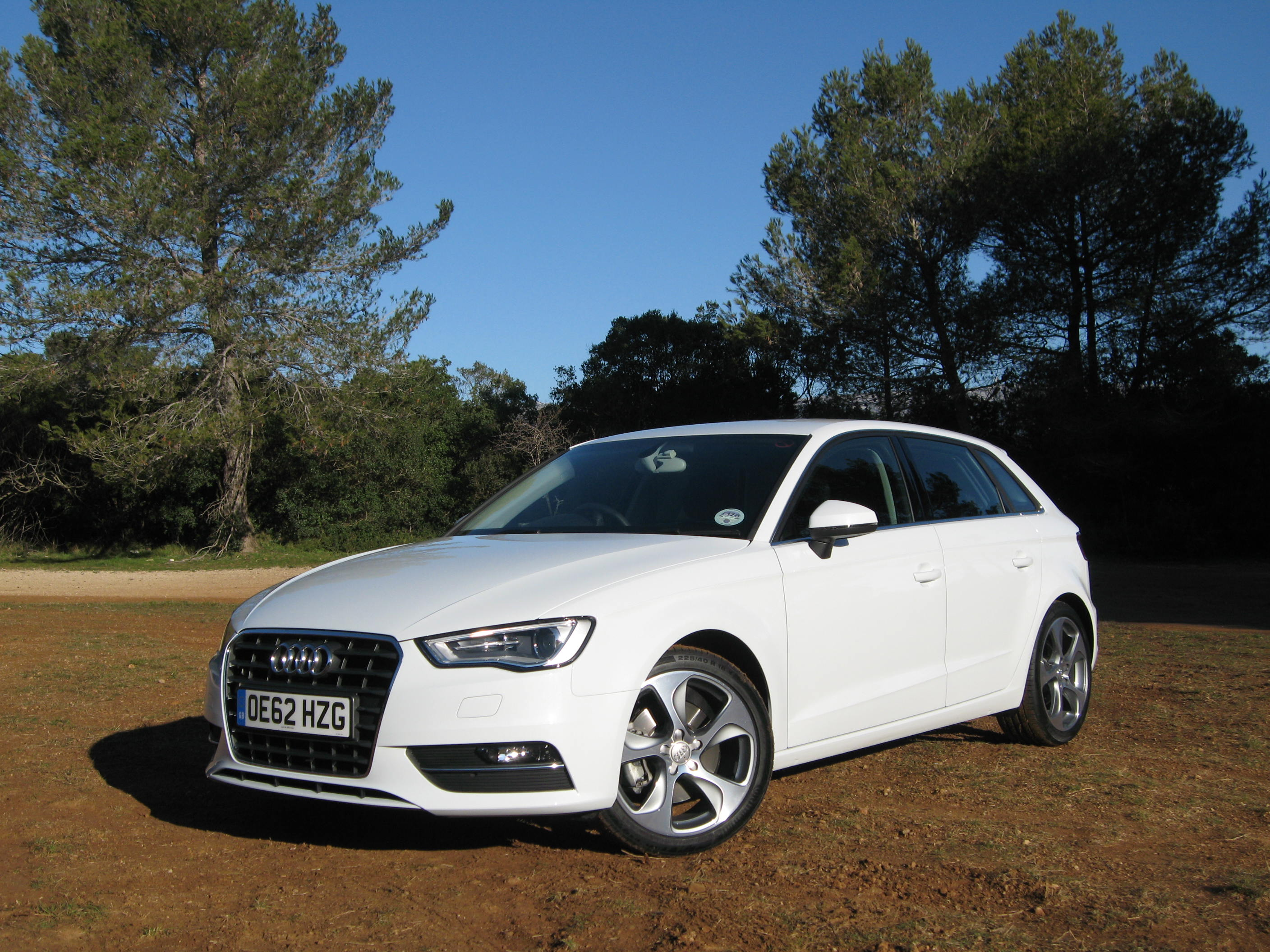 Audi a3 sportback road test proves it 39 s lost none of its for Audi a3 sportback dimensioni