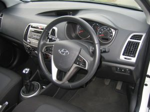 Hyundai i20 1.1 CRDi Active 5-door (12)