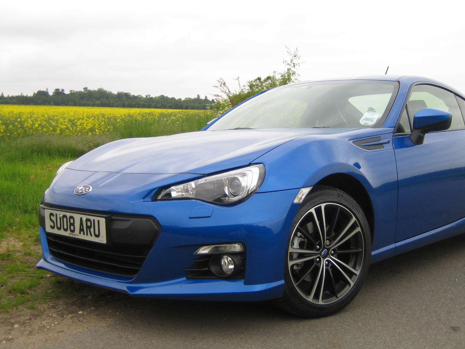 subaru brz road test great looking sports car fast and. Black Bedroom Furniture Sets. Home Design Ideas