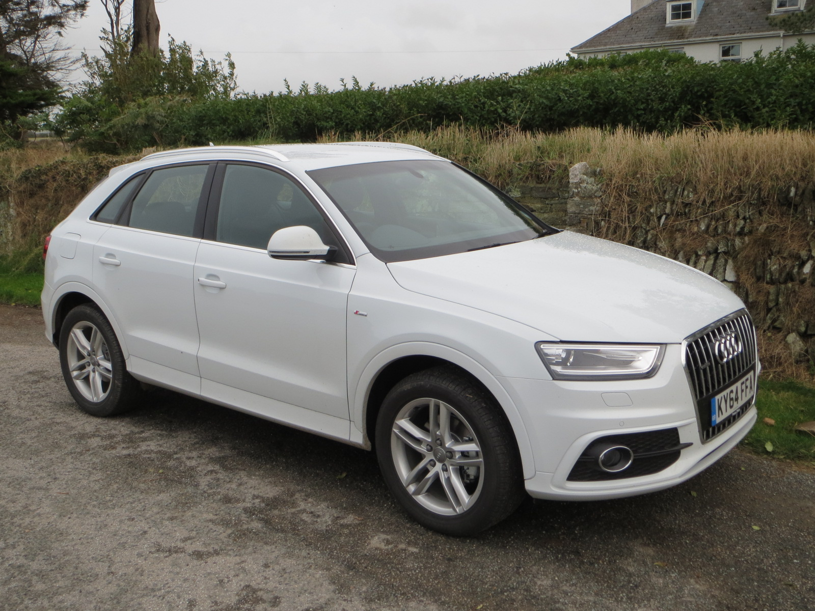 audi q3 tdi quattro s line 140 ps s tronic road test. Black Bedroom Furniture Sets. Home Design Ideas