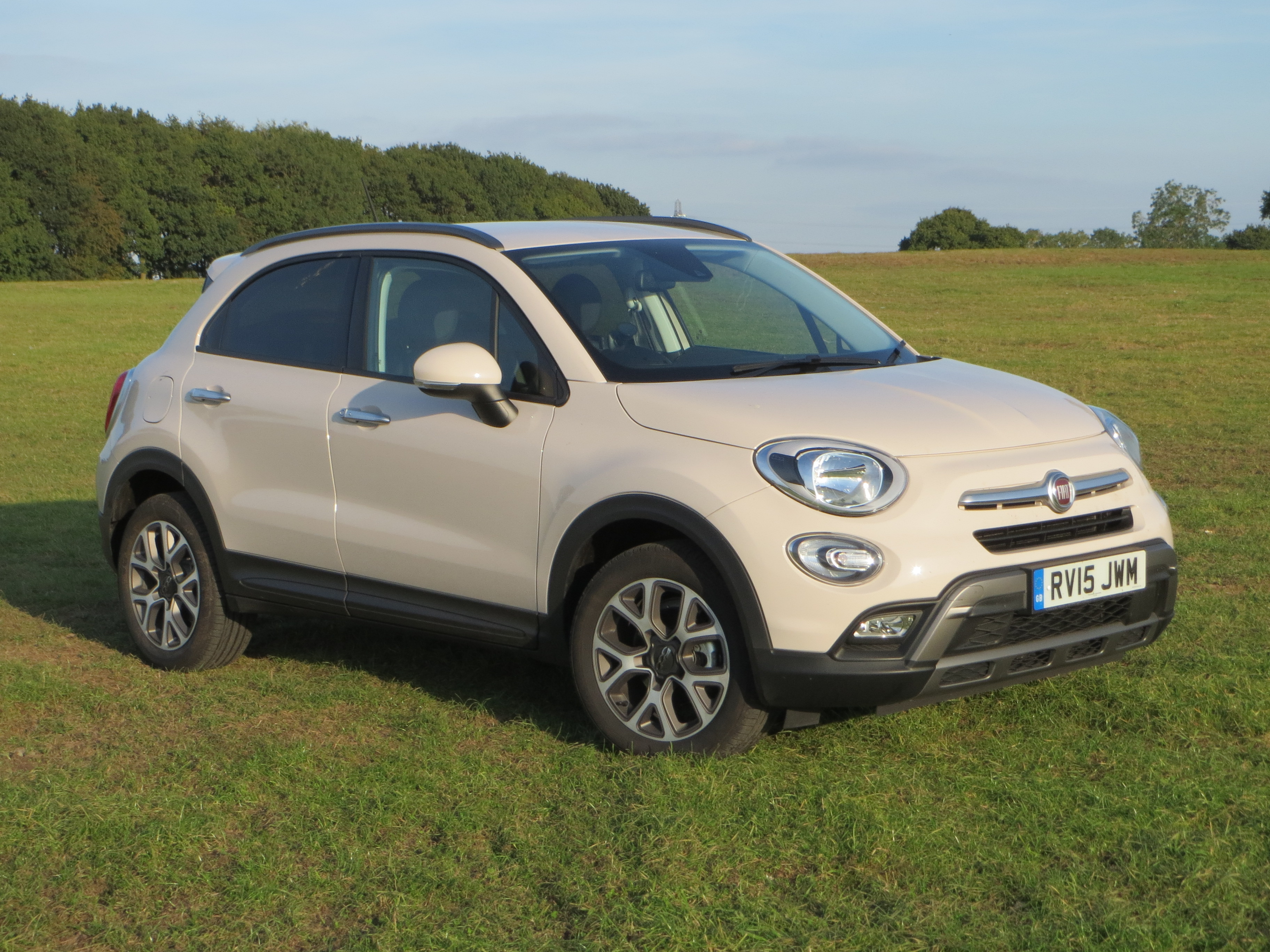 fiat 500x 1 6 multijet 120hp cross road test report and review. Black Bedroom Furniture Sets. Home Design Ideas